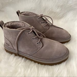 New without box UGG Neumel Chukka Boots Oyster 10
